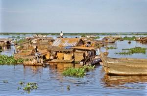 Cambodia_Tonle_Sap_Village2