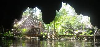 Mexikó nyaralás: föld alatti folyó barlang