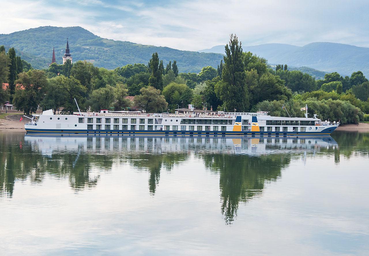 Hajóutak a Dunán - MS Maxima hajó