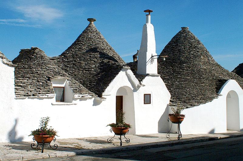 Földközi tengeri hajóút - Alberobello kúpos ház