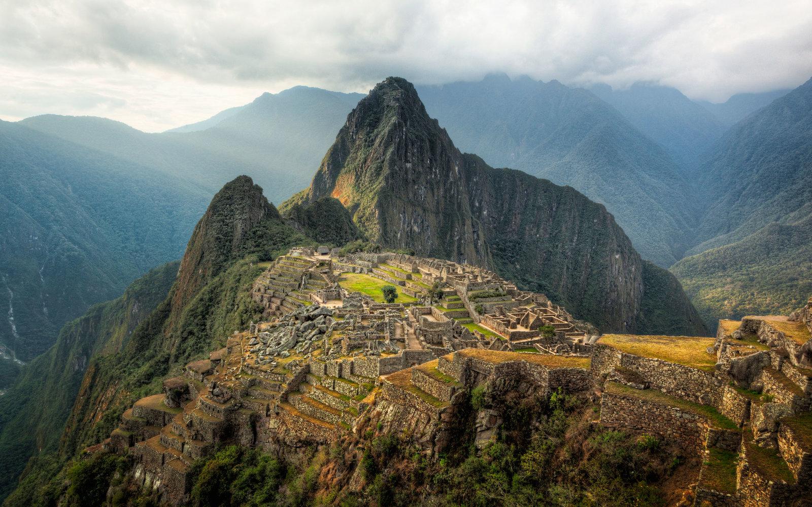 Peru: Machu Picchu látkép