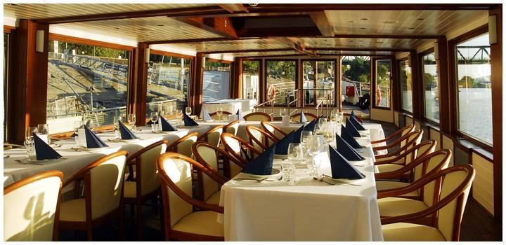 Roham Budapest hajó étterem