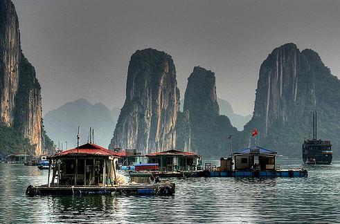 Vietnam - Kambodzsa körutazás: Halong-öböl