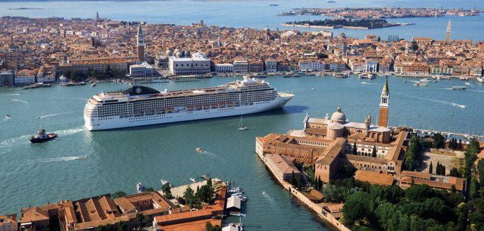 MSC Földközi-tengeri hajóutak: Velence – Santorini – Piraeus – Korfu